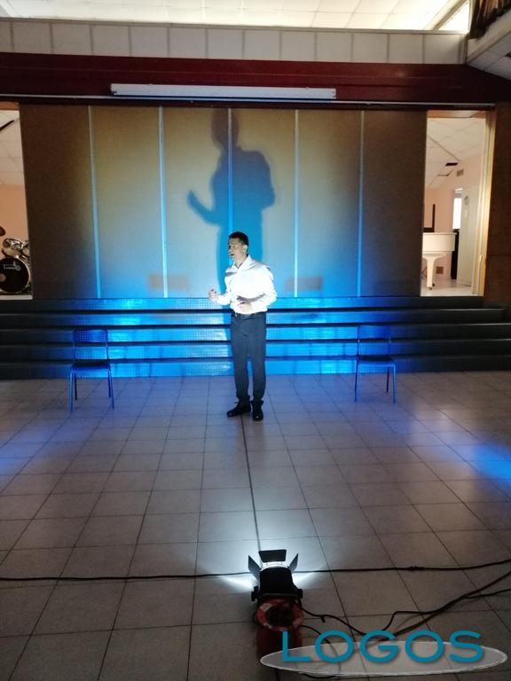 Scuola - Teatro alla scuola 'Baracca' di Magenta