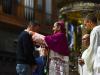 Milano - L'Arcivescovo con i giovani (Foto internet)