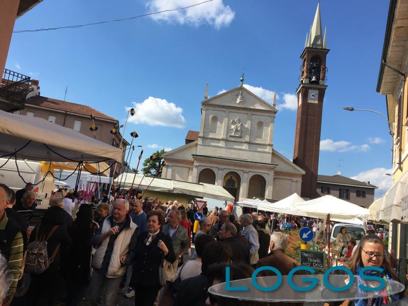 Inveruno - La Fiera di San Martino in piazza