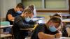 Scuola - Studenti con la mascherina (foto internet)