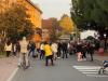 Castano - La foto postata dal sindaco fuori da scuola