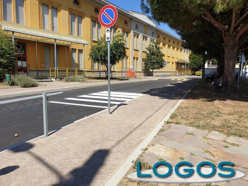 Castano - Le scuole di via Acerbi (Foto d'archivio)
