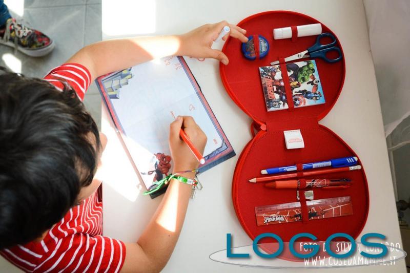 Sociale - Bambini che scrivono (Foto internet)