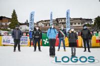 Eventi - Un momento del flash mob in montagna