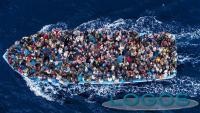 Attualità - Migranti in mare (foto internet)