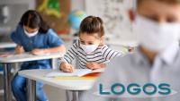 Scuola - Bambini a scuola con le mascherine (foto internet)