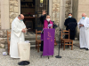 Attualità - L'Arcivescovo durante la visita ad uno dei cimiteri
