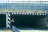 Marcallo - Camion incastrato nel sottopasso