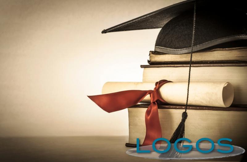 Scuola - Tesi di laurea (Foto internet)