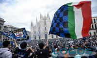 Milano - Folla di tifosi interisti in piazza Duomo (Foto internet)
