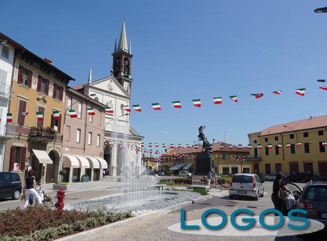 Inveruno - La piazza (Foto d'archivio)