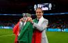 Sport - Roberto Mancini con la coppa (Foto internet)