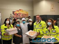 Cuggiono - Pizzeria 'La Regina' omaggi pizze ad 'Azzurra Soccorso'